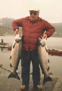Guided Fishing Trips for Fall chinook salmon in Southwestern Oregon
